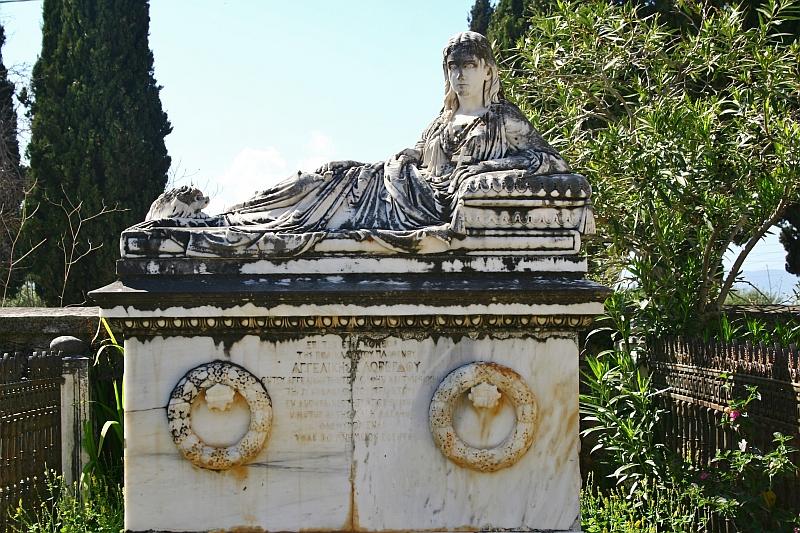 Statue / Mausoleum at Drapano Cemetery, Kefalonia